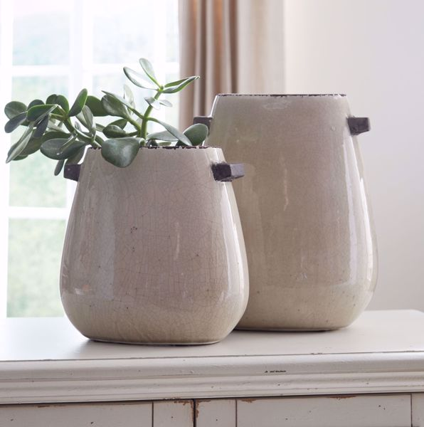 Picture of Diah Tan 2PC Vase Set