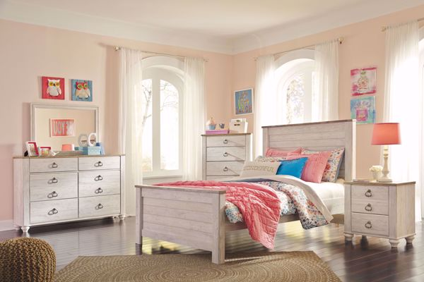 Picture of Willowton - White Full Panel Bed